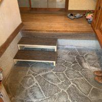 玄関手すり取付および階段作成